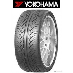 Pneu 4 X 4 YOKOHAMA S.T. V802 : 275/50r20 113 W